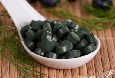 Wie können Chlorella Algen beim Entgiften helfen?