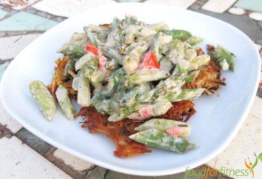 Vegetarisches Rezept: Süßkartoffelrösti mit Spargelragout
