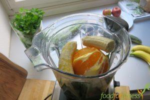 Aus Karottengrün wird Karotte und grün. Hauptsache Smoothie.