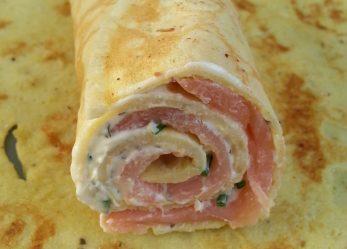 Leckerer gesunder Snack – auch für Unterwegs: Lachs-Frischkäse-Röllchen